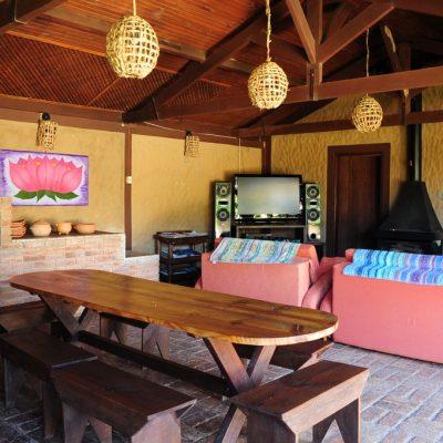 Sala social com churrasqueira foto 2
